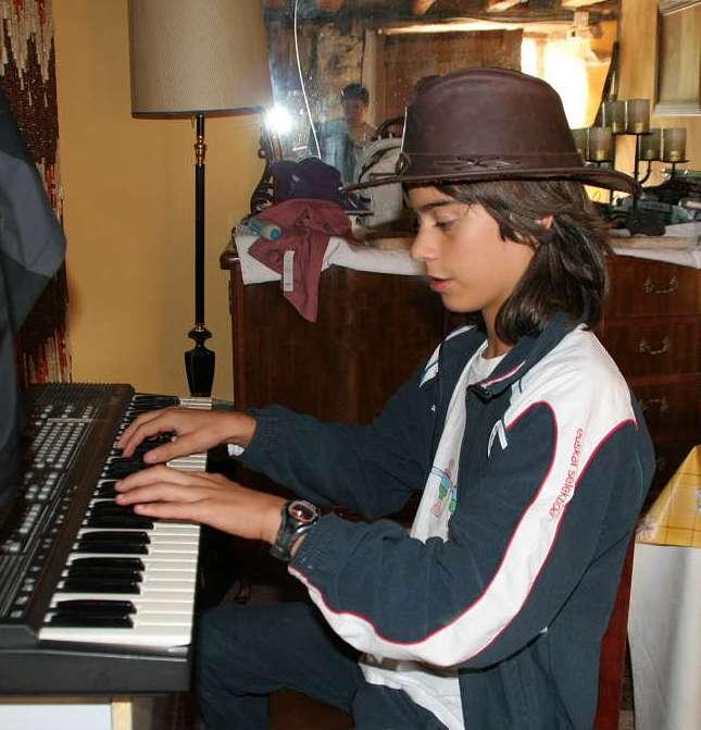 jon piano - Txaramela